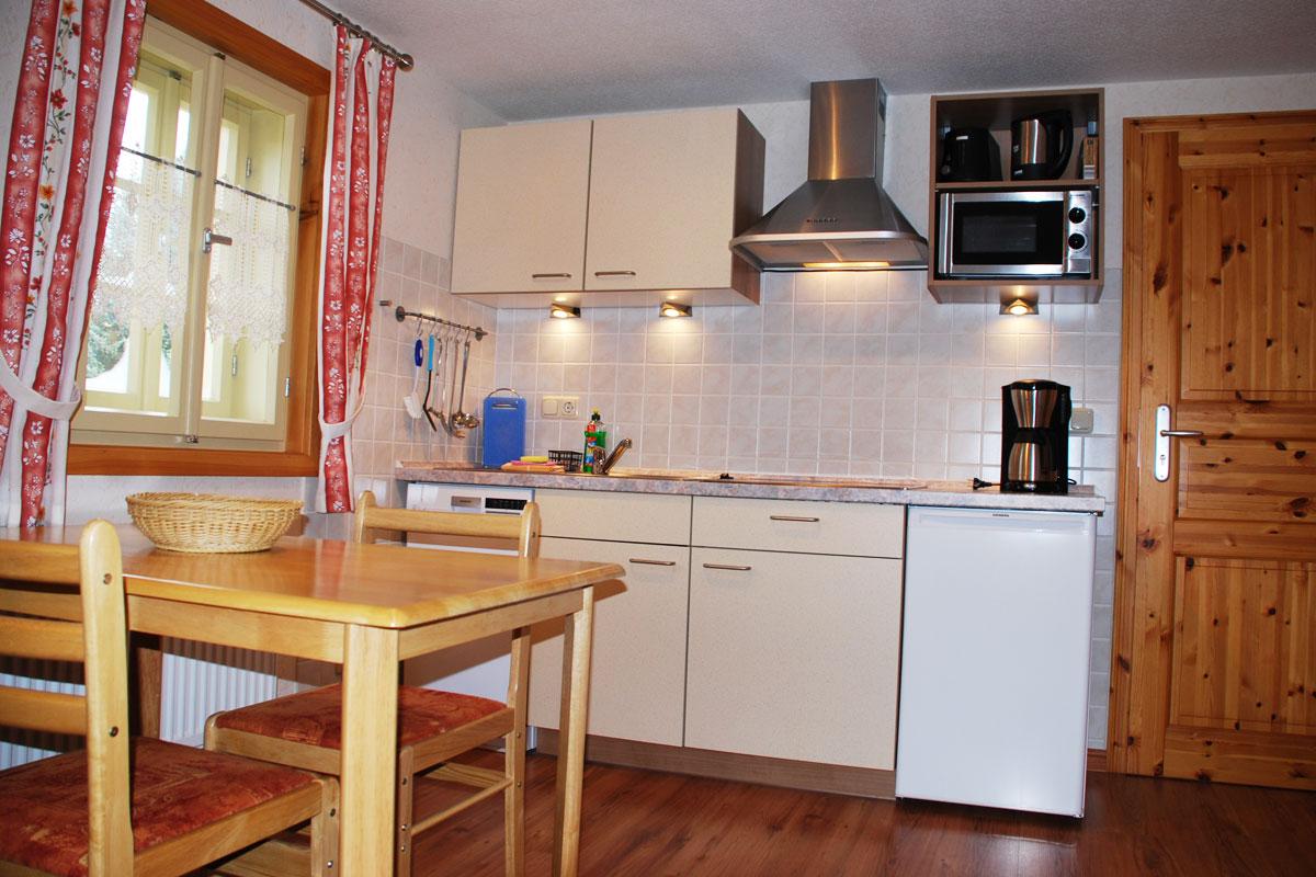 Ferienhaus am Osterbrunnen - Ferienwohnung 3  -Küche mit Essecke