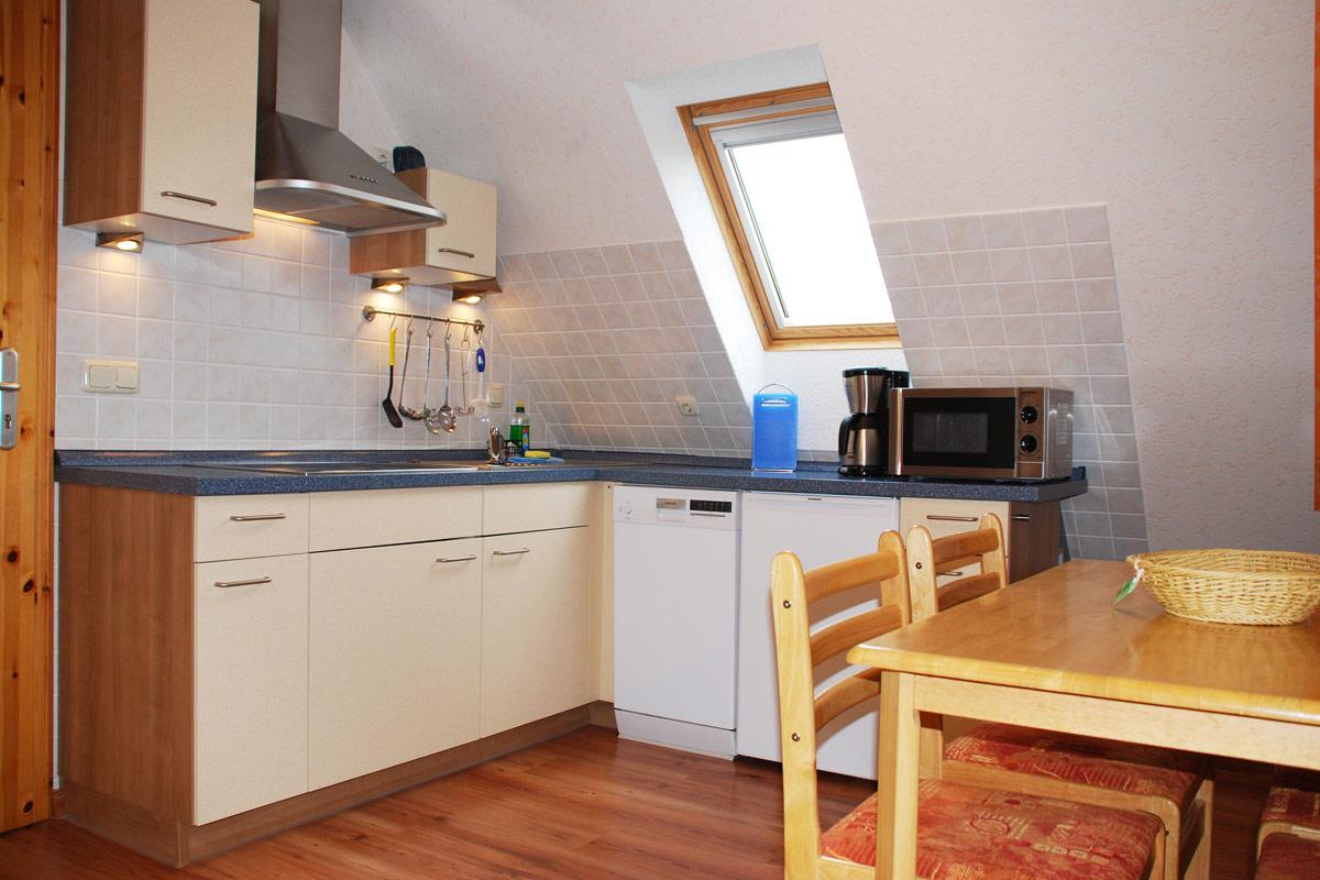 Ferienhaus am Osterbrunnen - Ferienwohnung 4 - Küche mit Esstisch